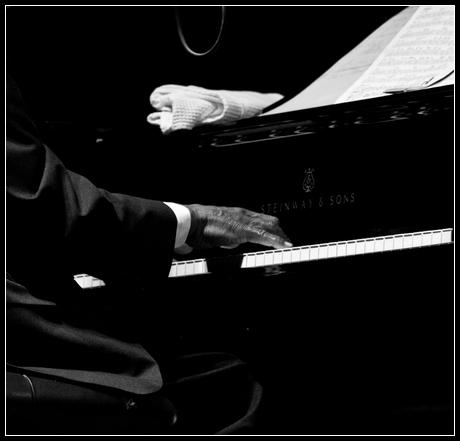 JazzTK – Álex García & Inma Blaya Página web dedicada al jazz con una sección de fotografía y jazz.