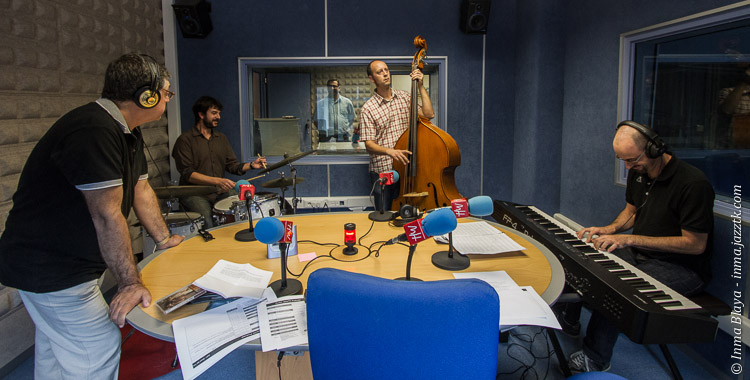 Smart Set Trio en Radio UMH; © Inma Blaya